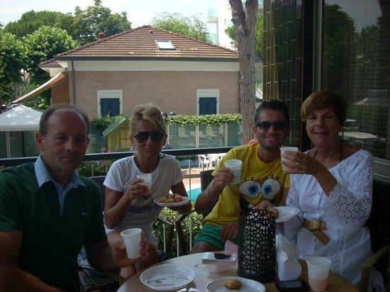 Hotel Relax : l'aperitivo domenicale una cuccagna