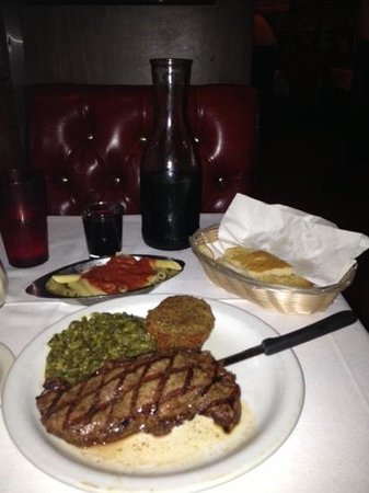 Battista's Hole in the Wall : new york strip with free sides