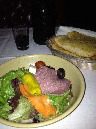 Battista's Hole in the Wall : free salad and garlic bread and house wine