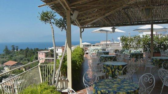 Hotel Tirrenia: Roof Top Terrace
