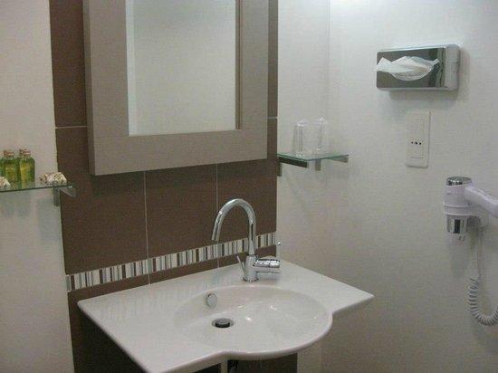 Seven Urban Suites Prado : Bagno