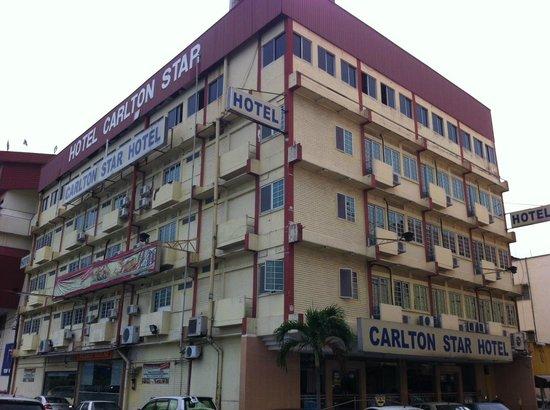 OYO 89580 Carlton Star Hotel