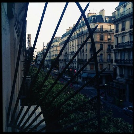 Moderne St-Germain Hotel: Morning view