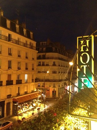 Moderne St-Germain Hotel: View from room at night