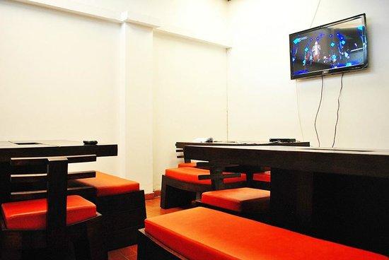 82Hostel: zona de TV