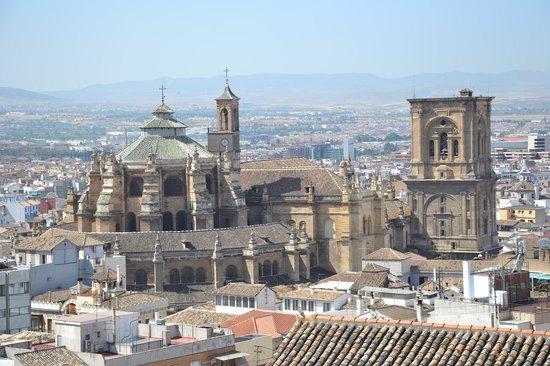 Catedral y Capilla Real: Cathédrale extérieure