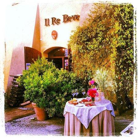 Risultati immagini per ristorante il re beve casigliano