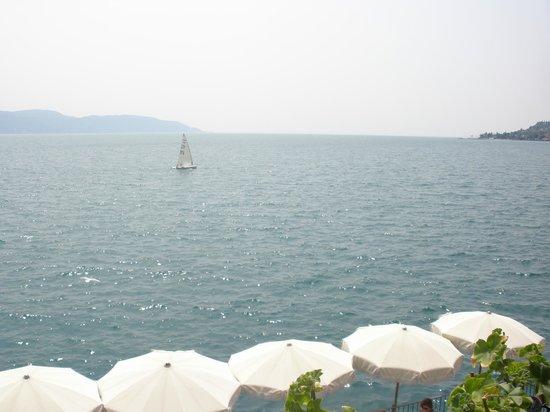 Hotel Garni Riviera: Uitzicht vanaf terras