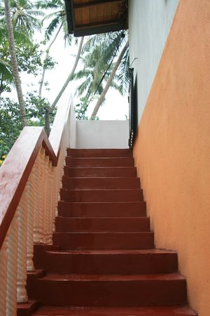Karu's Guest House: Stairs