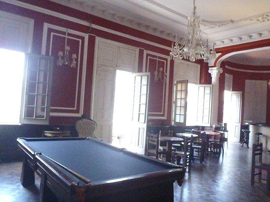 1900 Backpacker's Hostel: Restaurant/bar