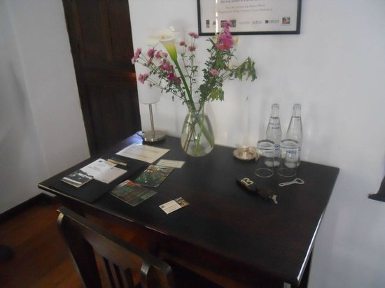 El Albergue Ollantaytambo: Room 13 - Desk