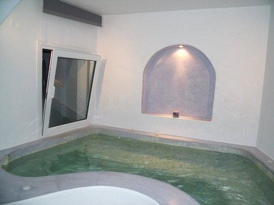 Regina Mare Hotel : our private bubble pool