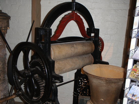 Ironbridge Gorge Museums: Mangles before spinners
