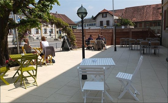 Hotel de la Gare : La terrasse par beau temps
