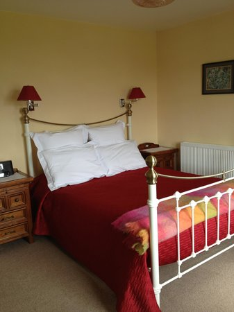 Burnside Farm : The Scapa View bedroom