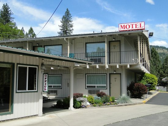 Konkolville Motel: Entrance