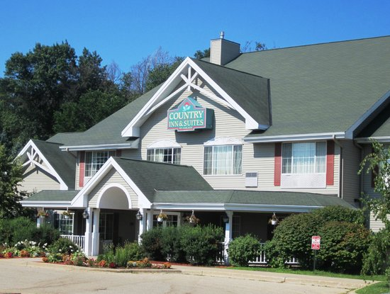 Quality Inn & Suites: Country Inn & Suites By Carlson - East Troy