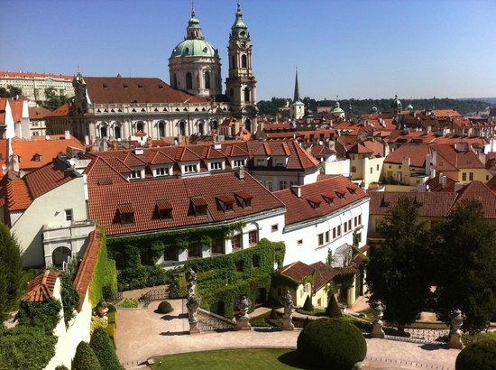 Aria Hotel Prague by Library Hotel Collection : L'hôtel au premier plan