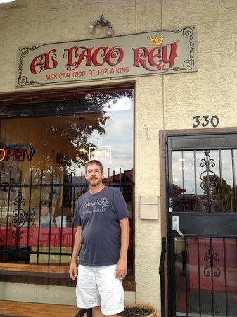 El Taco Rey: Front Door