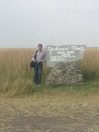 Governors' Il Moran Camp: At the airstrip
