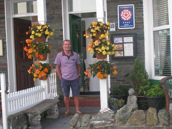 Parkfield Guest House: hotel Entrance