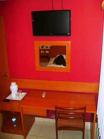 Centroamericano Hotel : Habitacion agradable y completa