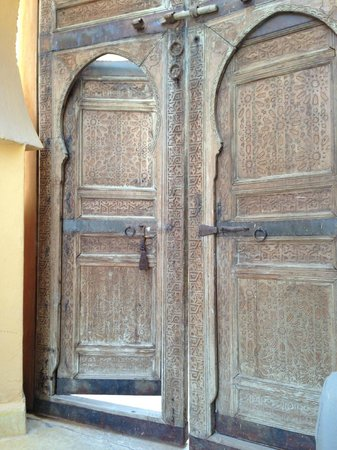 Jnane Tamsna: beautiful doors ..