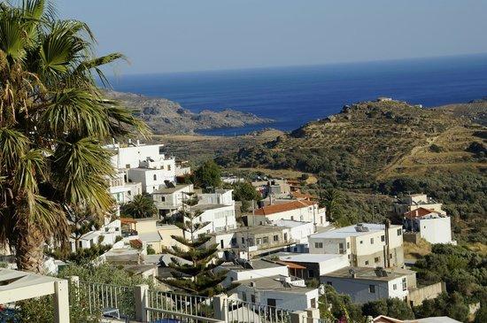 Stefanos Village Hotel: Blick Richtung Mirthios