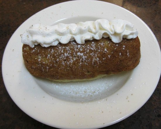 """Kitchens on the Square: banana bread """"twinkie"""""""