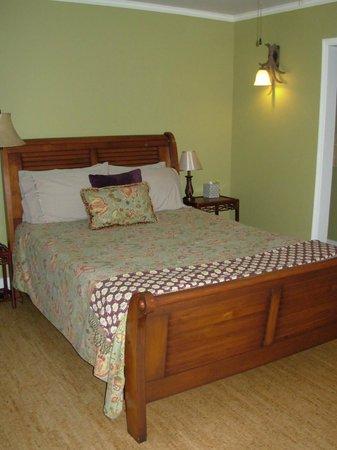 The Inn at Tabbs Creek Waterfront B&B: The Tabbs Room