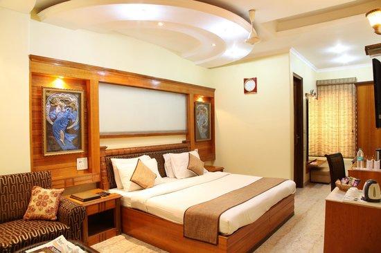 Hotel TJS Royale : Executive Room
