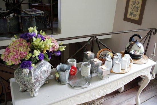 Bastide aux Camelias: Tea/Coffee