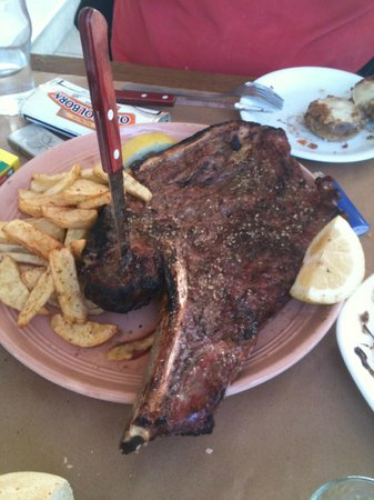 Pantopoleion Geuseon: The huge Beef stake!