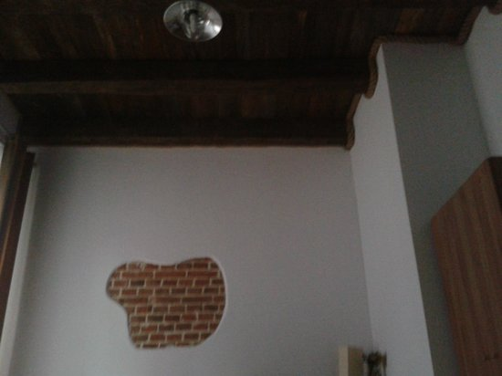 Aparthotel Pergamin Hotel: A photo of the typical decor of the bedrooms.