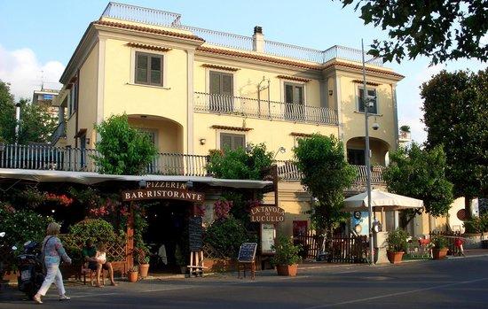 La Tavola Di Lucullo : The best restaurant in Sorrento