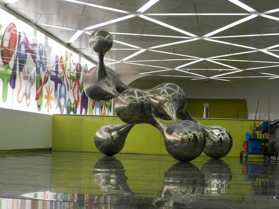 Метро дель арте (Галерея современного искусства в метро Неаполя)