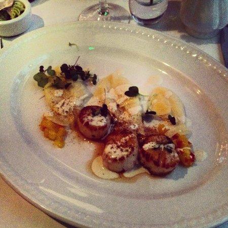 Neiburgs Restaurant: Scallops