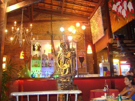 Beco Das Flores: Bar