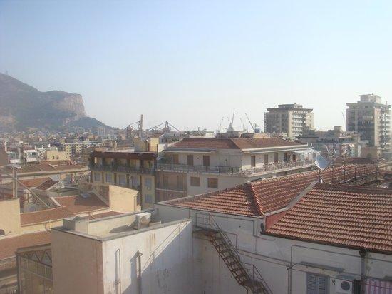 Cristal Palace Hotel: Vista desde la terraza comedor