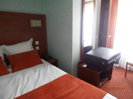 Hotel Terminus Lyon: A little room