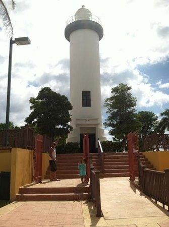 El Faro Park : faro de rincón