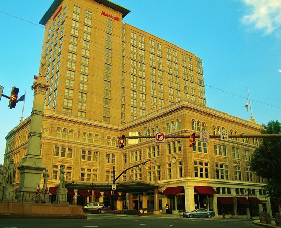 Lancaster Marriott at Penn Square: Marriott Hotel - Lancaster, PA