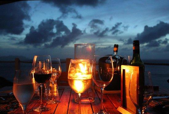 Guana Island: Dining on a Terrace