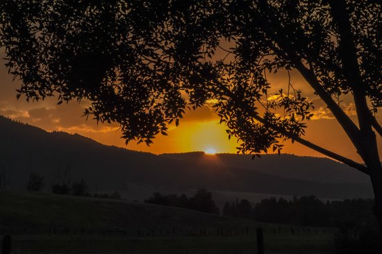 Mountain View Motel & RV Park: Mt View Sunset
