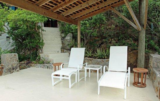 Guana Island: Dominca Cottage Terrace