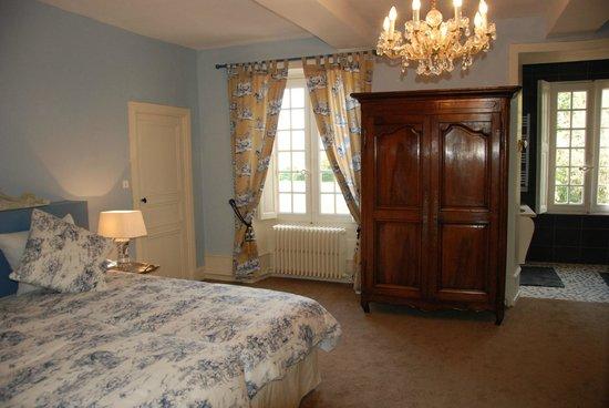 """Chateau de Jalnay : suite """"le Valet"""""""
