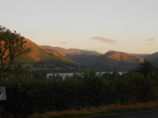 Brackenrigg Inn: Sunset on Ullswater
