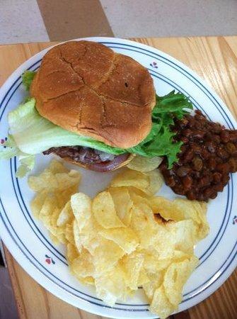 Lickity Splits: Burger, Bake Bean and Chip Combo