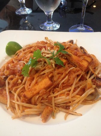 Tamarine by Quynh Nhi: The best Pad Thai ever!!!