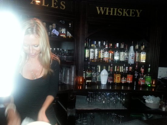 Great Bartender Picture Of Con Murphy S Irish Pub Philadelphia Tripadvisor